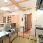 ステンレス製のキッチンはお掃除が簡単です。
