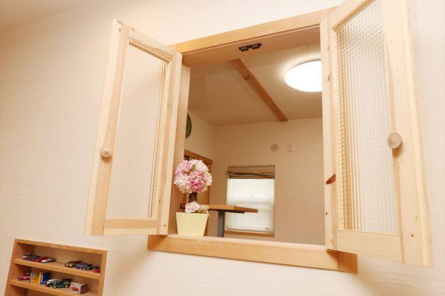 1階で暖めた暖気を2階に循環出来るのもゼロ宣言の家が圧倒的な断熱性能があるからこそ出来る提案です。