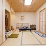 和室には大小の障子を備え、落ち着く空間となっております。